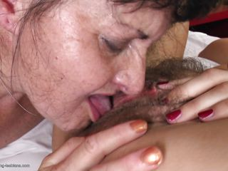 old lesbian licking her girl