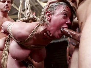 dee williams gets filled with cum