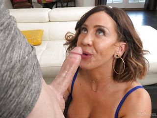 big boobed mommy is too good at sucking cocks