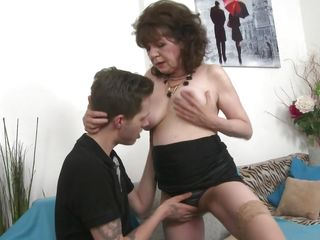 granny harrietta gets her hairy cunt fingered and fucked