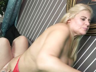 huge mature lesbians satisfying each other's sexual needs